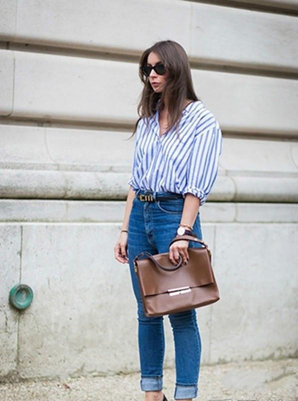 条纹衬衫搭配牛仔裤-衬衫搭配牛仔裤 一周造型可以这样美